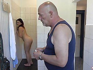 amateur blowjob shower at YES PORN PLEASE