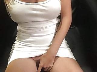 amateur babe blowjob at YES PORN PLEASE