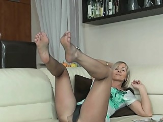 blonde fetish foot fetish at YES PORN PLEASE