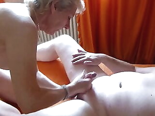 amateur milf cuckold at YES PORN PLEASE