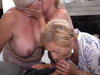granny   at YES PORN PLEASE